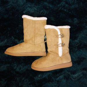 NWT Old Navy Faux Suede Fur Camel Tan Adoraboots